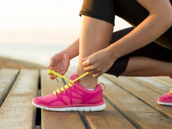 How long can I take to tie my laces? (whose tried that one on a run?!)
